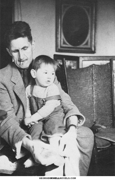 orwell-tying-shoes